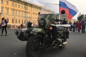 """Мотоклуб УРАЛ, Guardsmen LE МС, марш """"ВЕЧНО ЖИВЫЕ"""""""